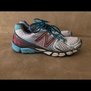 New Balance running shoes lightly worn